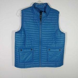 Vineyard Vines Packable Puffer Vest in Tide Blue